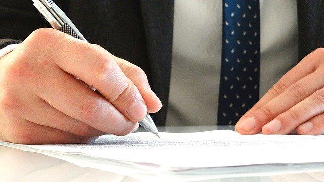 על תפקידו וחשיבותו הגדולה של נוטריון בתרגום מסמכים משפטיים ואחרים