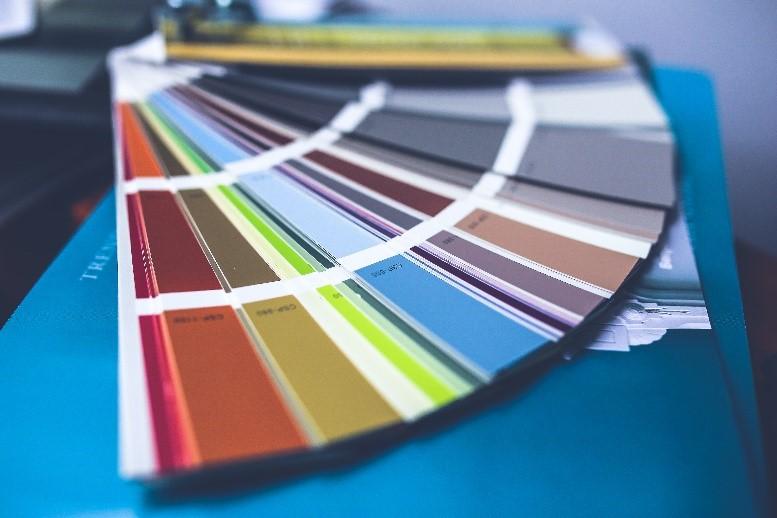 איך משפיע צבע הקירות בבית על האווירה