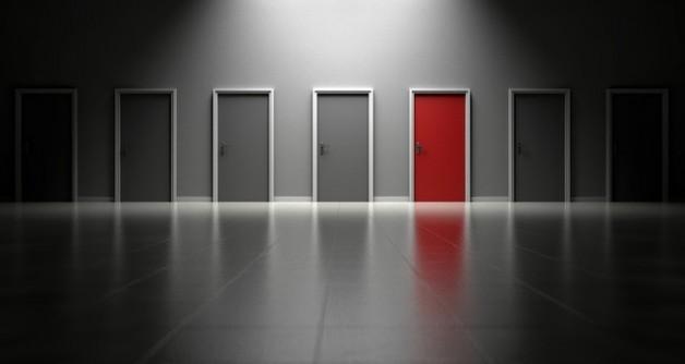 טיפים לרכישת דלתות ומנגנוני נעילה